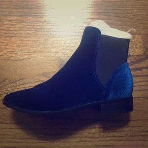 Aldo Blue Suede Shoes Size 8.5